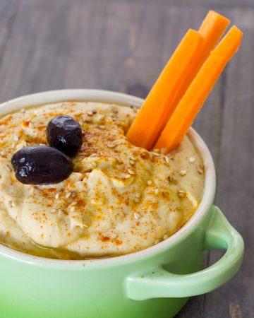 Hummus de alubias blancas y alcachofa