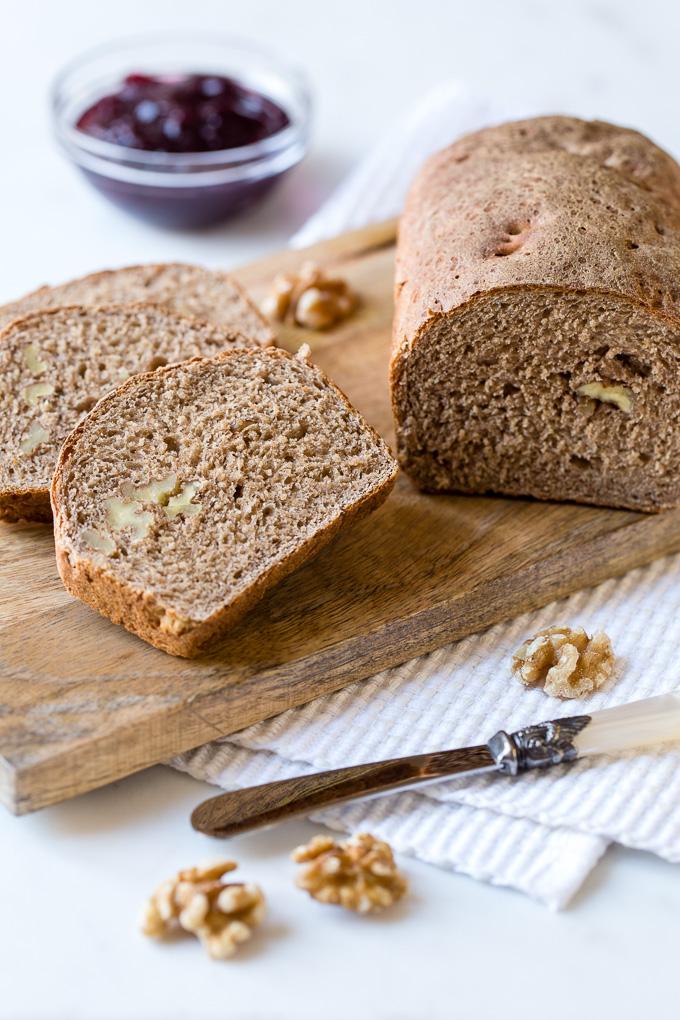 Pan de espelta con nueces